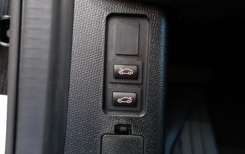 Photo 21 de l'offre de BMW I3 (I01) S 184CH 120AH ILIFE LODGE à 43500€ chez YM Automobiles