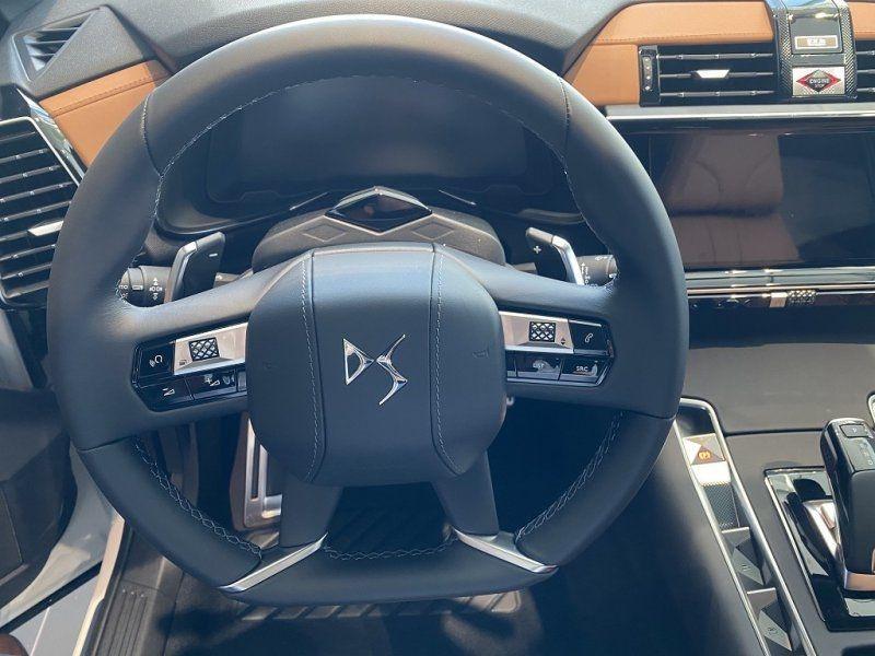 Photo 16 de l'offre de DS DS 7 CROSSBACK BLUEHDI 180CH GRAND CHIC AUTOMATIQUE à 52000€ chez YM Automobiles