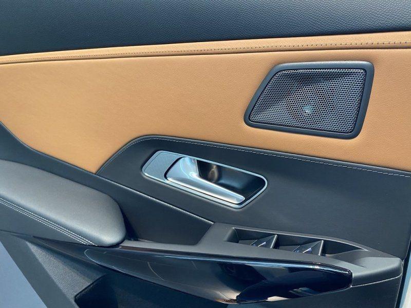 Photo 23 de l'offre de DS DS 7 CROSSBACK BLUEHDI 180CH GRAND CHIC AUTOMATIQUE à 52000€ chez YM Automobiles