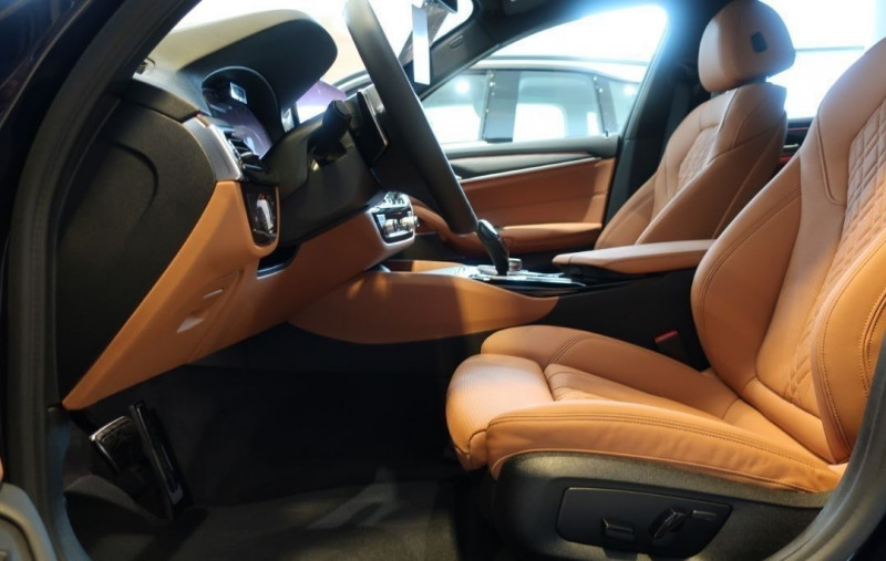 Photo 8 de l'offre de BMW SERIE 5 TOURING (G31) 530IA XDRIVE 252CH M SPORT STEPTRONIC EURO6D-T à 65800€ chez YM Automobiles