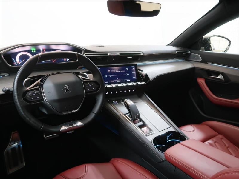 Photo 16 de l'offre de PEUGEOT 508 SW PURETECH 225CH S&S GT EAT8 119G à 31000€ chez YM Automobiles
