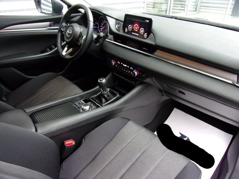 Photo 20 de l'offre de MAZDA MAZDA 6 2.0 SKYACTIV-G 165CH DYNAMIQUE EVAP à 24500€ chez YM Automobiles