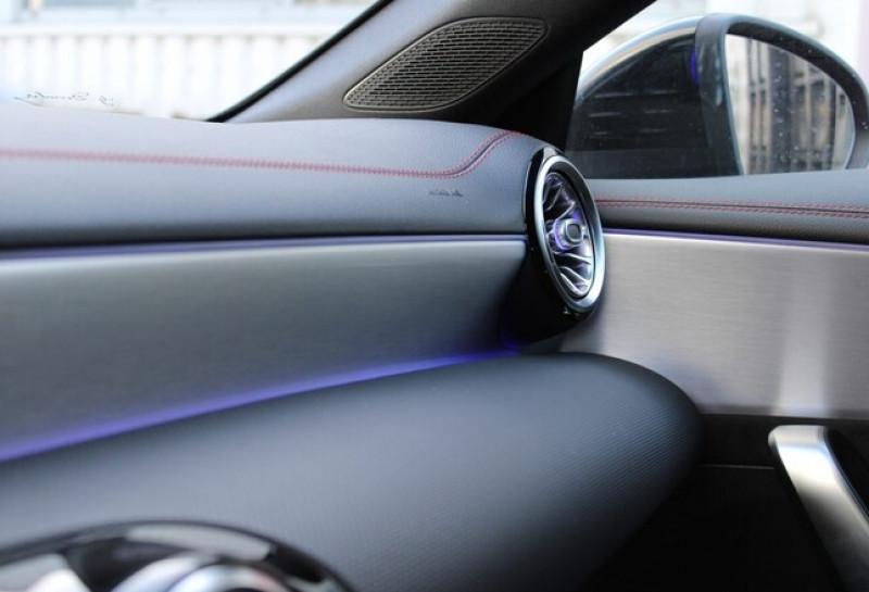 Photo 11 de l'offre de MERCEDES-BENZ CLA 250 E 160+102CH AMG LINE 8G-DCT à 49500€ chez YM Automobiles