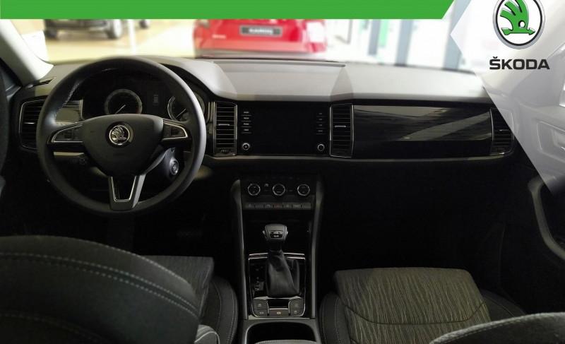 Photo 5 de l'offre de SKODA KODIAQ 2.0 TDI 190 SCR STYLE 4X4 DSG EURO6DG-T 5 PLACES à 38000€ chez YM Automobiles