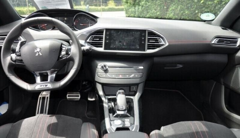 Photo 5 de l'offre de PEUGEOT 308 1.6 PURETECH 225CH S&S GT EAT8 à 26500€ chez YM Automobiles