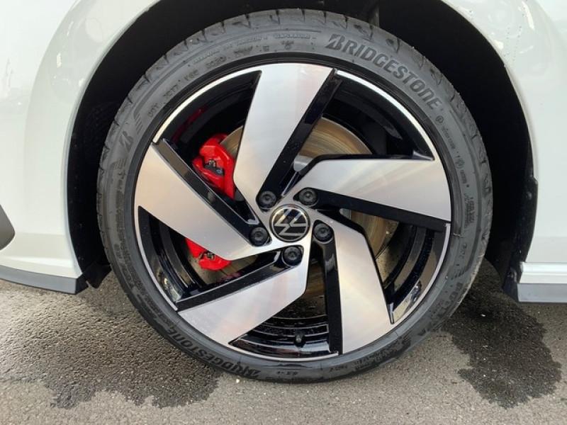 Photo 11 de l'offre de VOLKSWAGEN GOLF VIII 2.0 TSI 245CH GTI DSG7 à 43500€ chez YM Automobiles