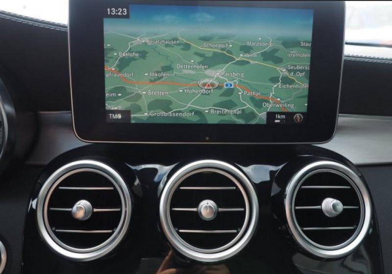 Photo 10 de l'offre de MERCEDES-BENZ CLASSE C BREAK (S205) 63 AMG S SPEEDSHIFT MCT AMG à 55000€ chez YM Automobiles