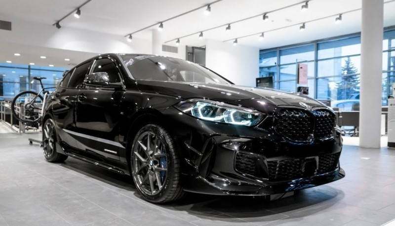 Photo 2 de l'offre de BMW SERIE 1 (F40) M135IA XDRIVE 306CH à 51500€ chez YM Automobiles