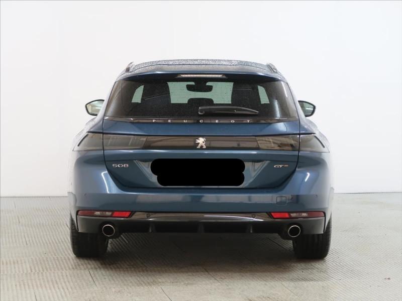 Photo 8 de l'offre de PEUGEOT 508 SW PURETECH 225CH S&S GT EAT8 119G à 31000€ chez YM Automobiles