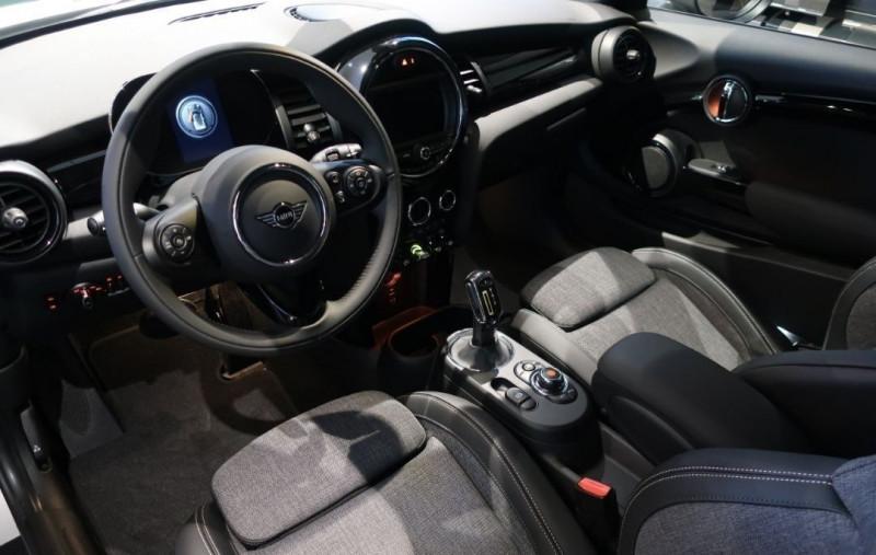 Photo 5 de l'offre de MINI MINI COOPER SE 184CH EDITION GREENWICH BVA à 33500€ chez YM Automobiles