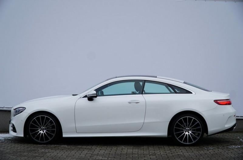 Photo 6 de l'offre de MERCEDES-BENZ CLASSE E COUPE (C238) 200 184CH FASCINATION 9G-TRONIC EURO6D-T à 46000€ chez YM Automobiles