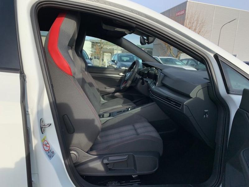 Photo 2 de l'offre de VOLKSWAGEN GOLF VIII 2.0 TSI 245CH GTI DSG7 à 43500€ chez YM Automobiles
