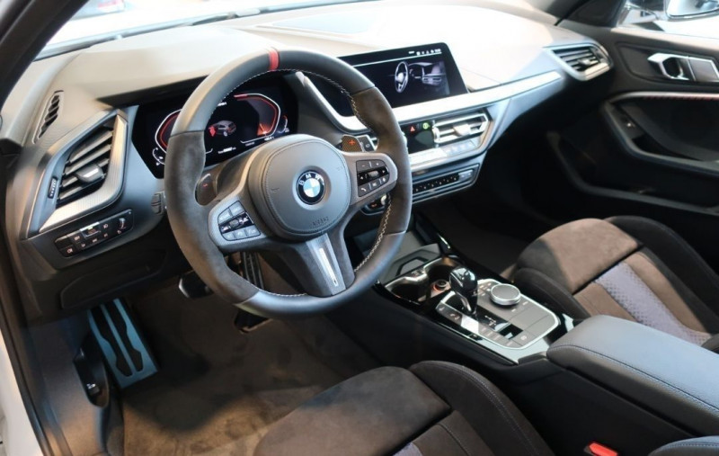 Photo 5 de l'offre de BMW SERIE 1 (F40) M135IA XDRIVE 306CH à 50500€ chez YM Automobiles