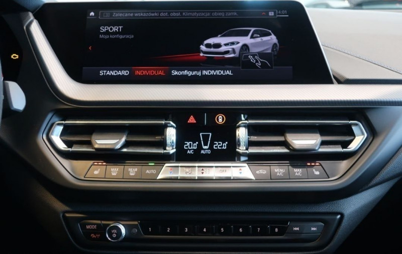Photo 12 de l'offre de BMW SERIE 1 (F40) M135IA XDRIVE 306CH à 50500€ chez YM Automobiles