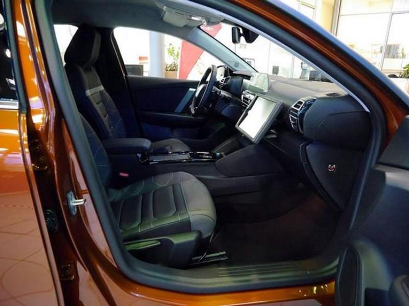 Photo 2 de l'offre de CITROEN C4 PURETECH 130CH S&S SHINE EAT8 à 26500€ chez YM Automobiles