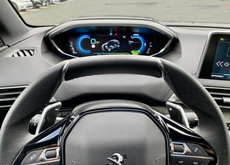 Photo 4 de l'offre de PEUGEOT 3008 HYBRID4 300CH GT E-EAT8 à 48100€ chez YM Automobiles