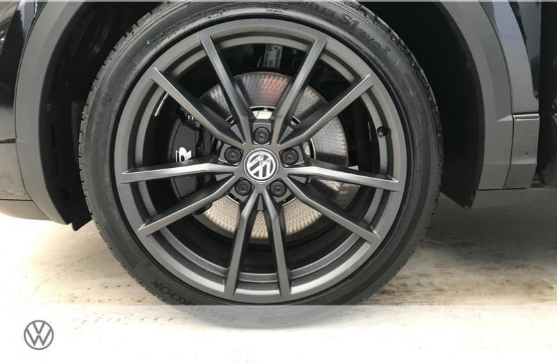 Photo 14 de l'offre de VOLKSWAGEN T-ROC 2.0 TSI 300CH R 4MOTION DSG7 EURO6D-T à 47465€ chez YM Automobiles