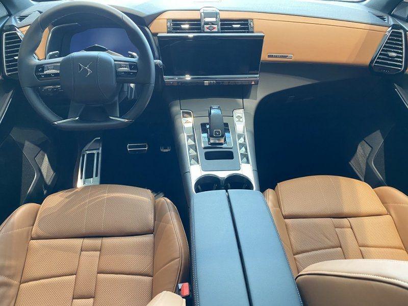 Photo 13 de l'offre de DS DS 7 CROSSBACK BLUEHDI 180CH GRAND CHIC AUTOMATIQUE à 52000€ chez YM Automobiles