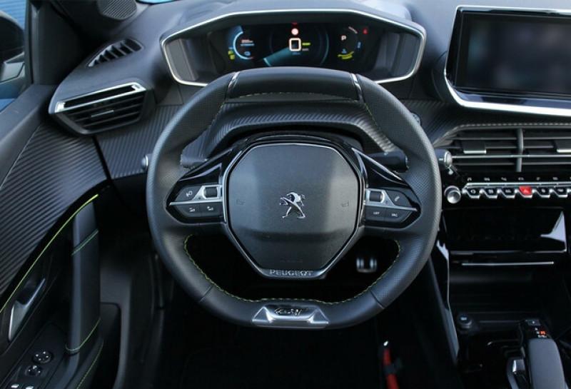 Photo 12 de l'offre de PEUGEOT 208 E-208 136CH GT à 33000€ chez YM Automobiles