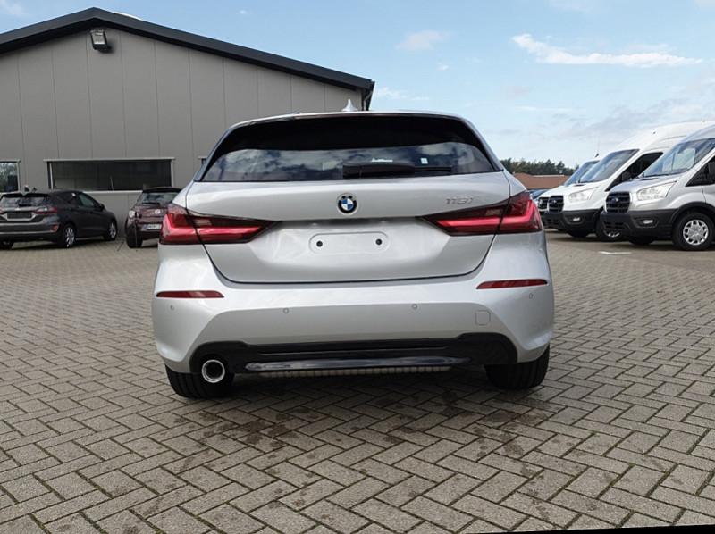 Photo 4 de l'offre de BMW SERIE 1 (F40) 118I 140CH EDITION SPORT à 29800€ chez YM Automobiles