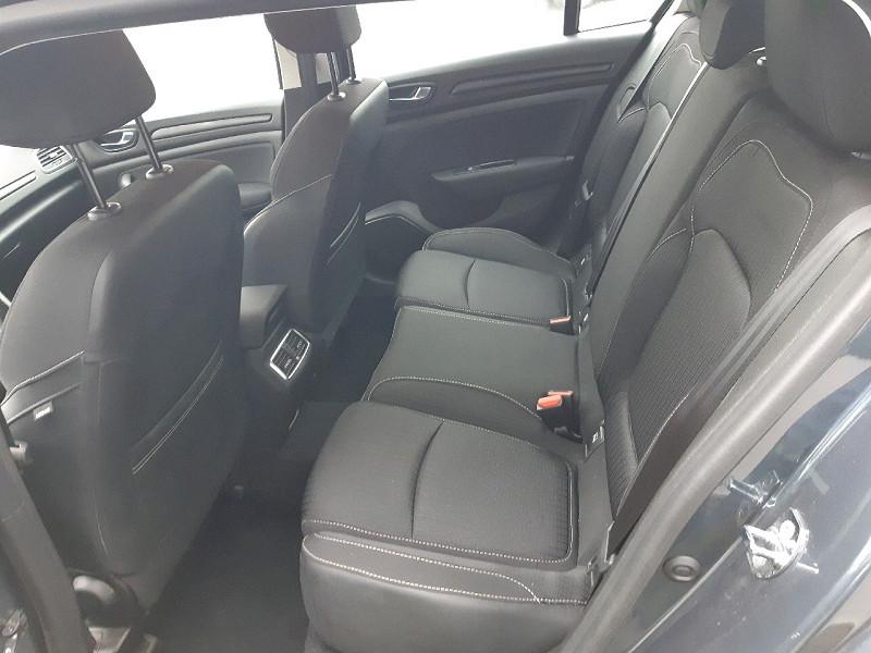 Photo 5 de l'offre de RENAULT MEGANE IV ESTATE 1.5 BLUE DCI 115CH BUSINESS EDC à 15990€ chez Carlyss automobiles Vitré