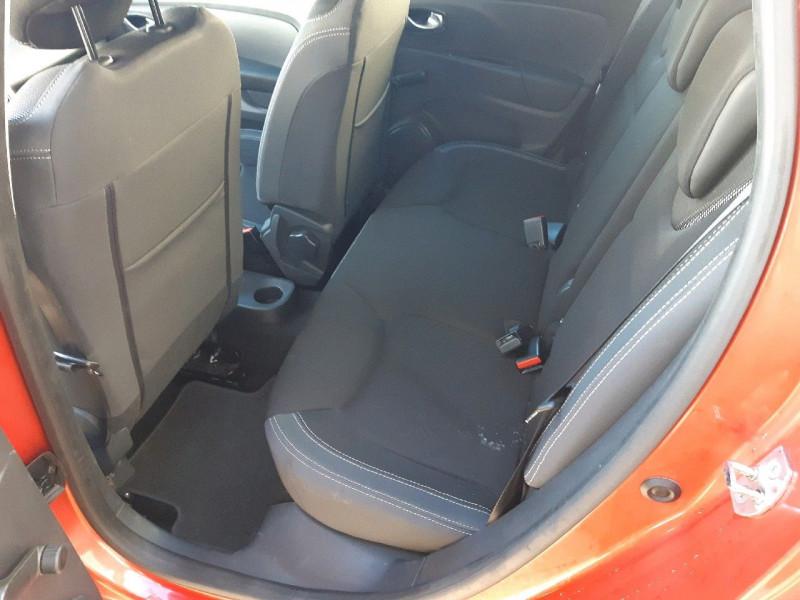 Photo 6 de l'offre de RENAULT CLIO IV ESTATE 1.5 DCI 90CH ENERGY BUSINESS 82G à 9490€ chez Carlyss automobiles Vitré