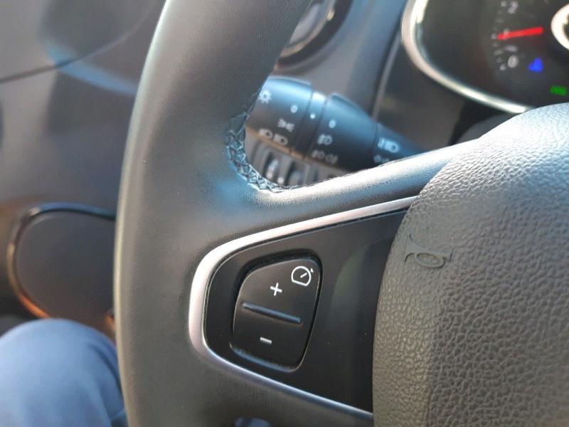 Photo 10 de l'offre de RENAULT CLIO IV ESTATE 1.5 DCI 90CH ENERGY BUSINESS 82G à 9490€ chez Carlyss automobiles Vitré
