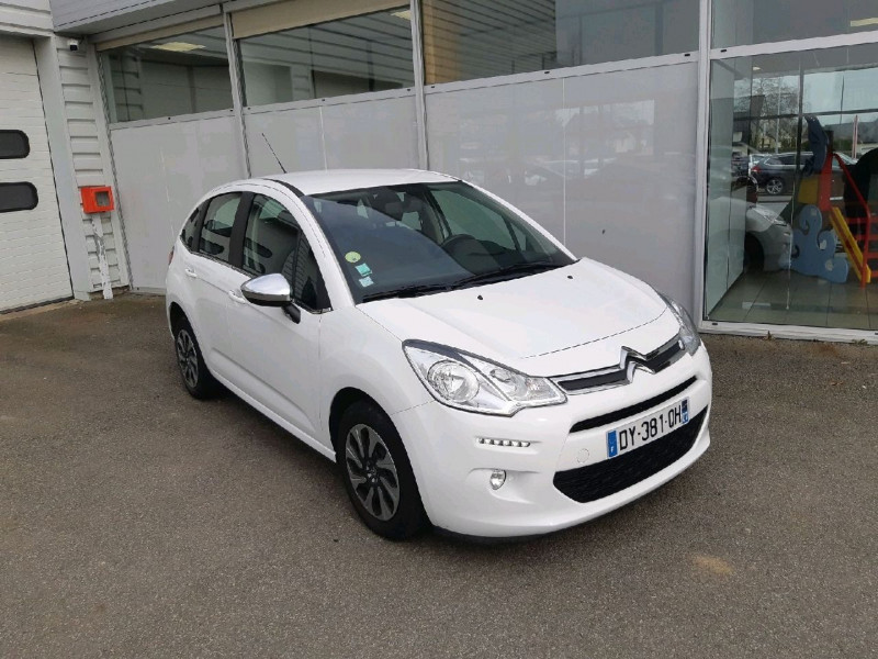 Photo 1 de l'offre de CITROEN C3 1.6 BLUEHDI100 CONFORT BUSINESS S&S 79G à 9290€ chez Carlyss automobiles Vitré