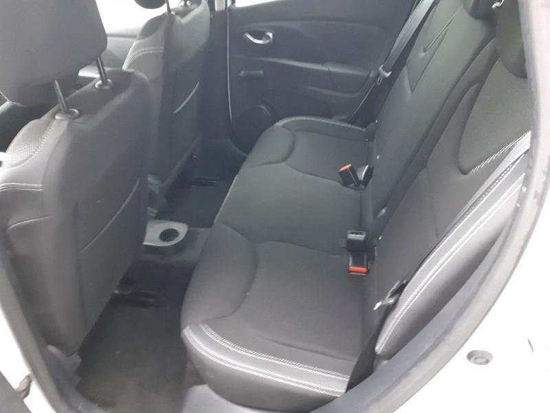 Photo 6 de l'offre de RENAULT CLIO IV ESTATE 0.9 TCE 90CH ENERGY BUSINESS à 11990€ chez Carlyss automobiles Vitré