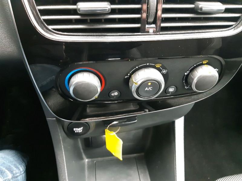 Photo 8 de l'offre de RENAULT CLIO IV ESTATE 0.9 TCE 90CH ENERGY BUSINESS à 11990€ chez Carlyss automobiles Vitré