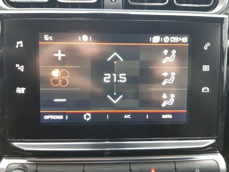Photo 10 de l'offre de CITROEN C3 PURETECH 110CH SHINE S&S EAT6 à 13490€ chez Carlyss automobiles Vitré