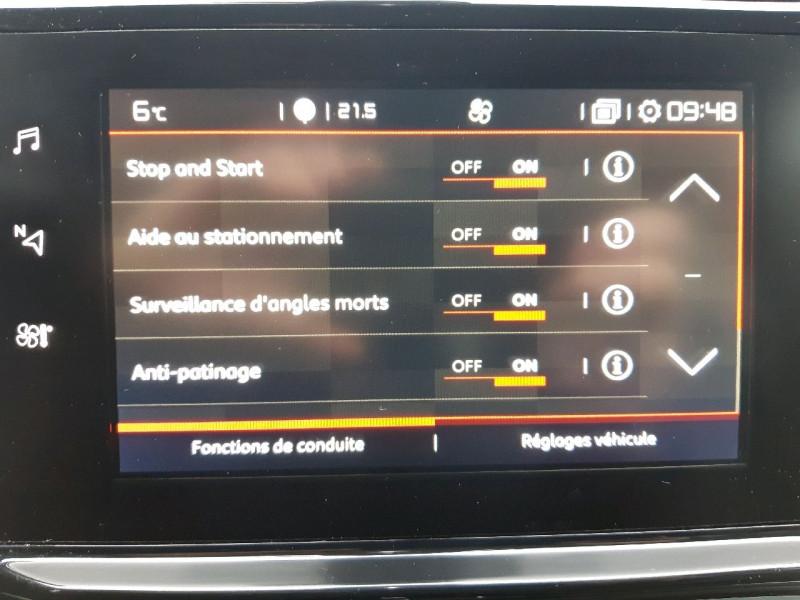Photo 8 de l'offre de CITROEN C3 PURETECH 110CH SHINE S&S EAT6 à 13490€ chez Carlyss automobiles Vitré