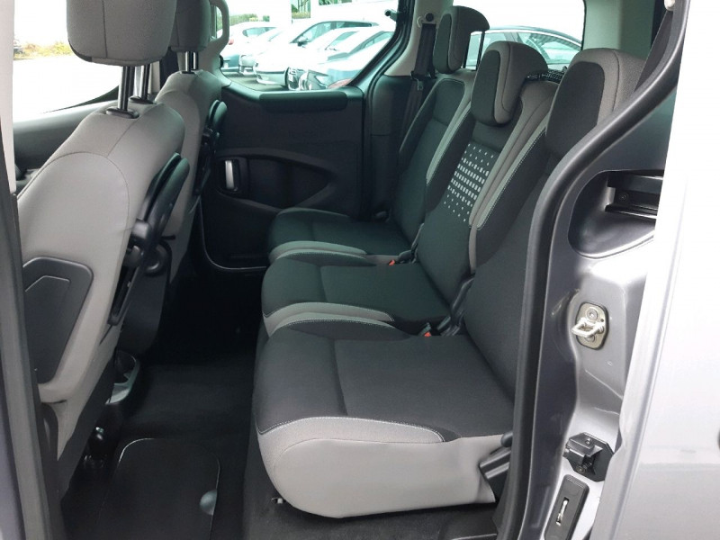 Photo 7 de l'offre de CITROEN BERLINGO BLUEHDI 100CH FEEL S&S ETG6 à 13790€ chez Carlyss automobiles Vitré