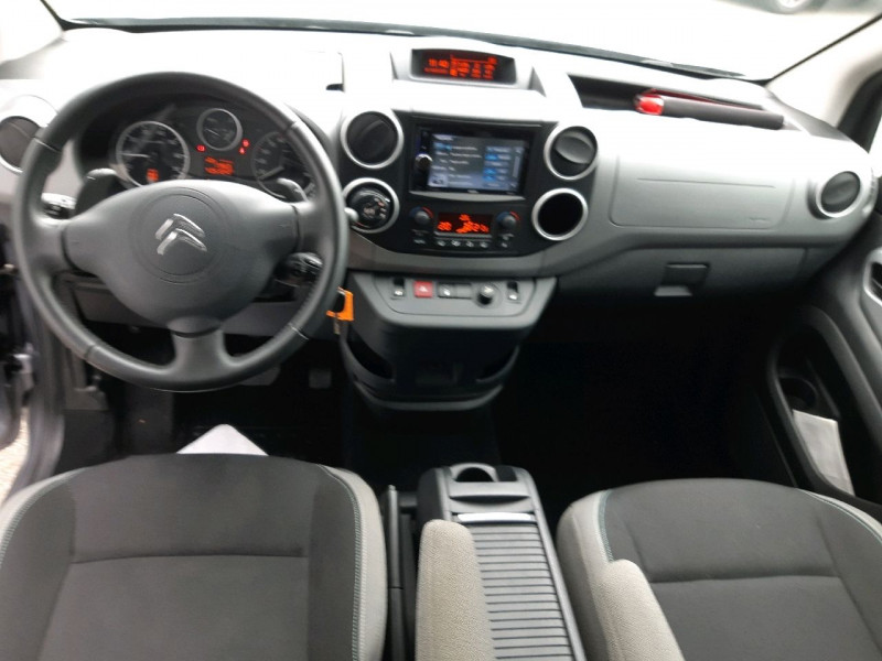 Photo 8 de l'offre de CITROEN BERLINGO BLUEHDI 100CH FEEL S&S ETG6 à 13790€ chez Carlyss automobiles Vitré