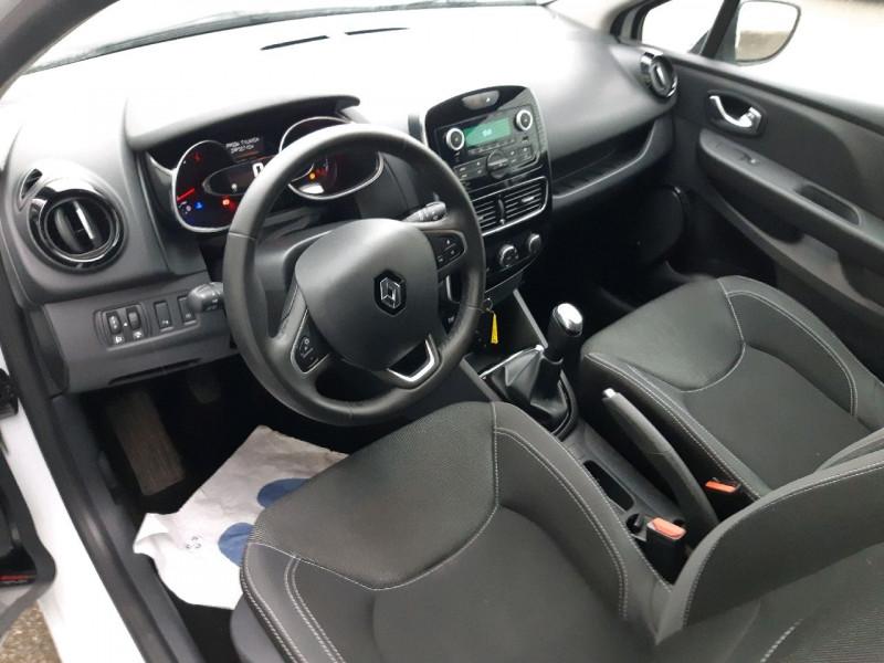 Photo 5 de l'offre de RENAULT CLIO IV ESTATE 1.5 DCI 90CH ENERGY ZEN EURO6C à 9790€ chez Carlyss automobiles Vitré