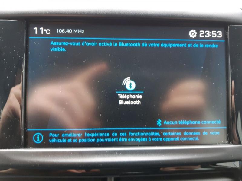 Photo 11 de l'offre de PEUGEOT 208 1.2 PURETECH 82CH ACTIVE 5P à 11990€ chez Carlyss automobiles Vitré