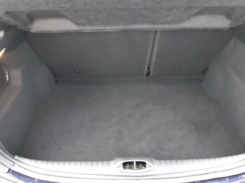 Photo 7 de l'offre de PEUGEOT 208 1.2 PURETECH 82CH ACTIVE 5P à 11990€ chez Carlyss automobiles Vitré