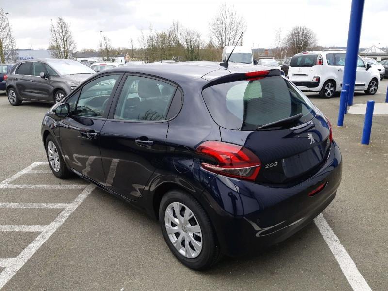 Photo 3 de l'offre de PEUGEOT 208 1.2 PURETECH 82CH ACTIVE 5P à 11990€ chez Carlyss automobiles Vitré