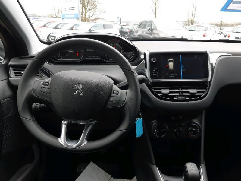 Photo 4 de l'offre de PEUGEOT 208 1.2 PURETECH 82CH ACTIVE 5P à 11990€ chez Carlyss automobiles Vitré
