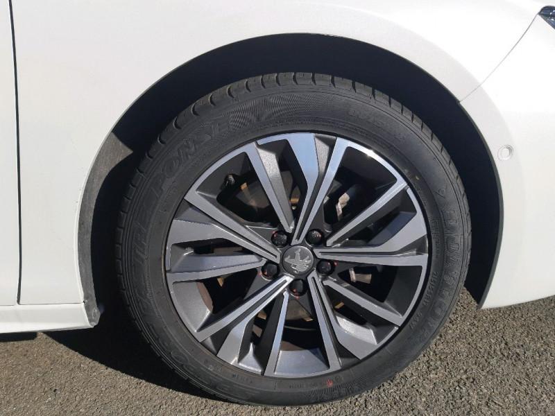 Photo 4 de l'offre de PEUGEOT 508 BLUEHDI 160CH S&S ALLURE EAT8 à 25390€ chez Carlyss automobiles Vitré