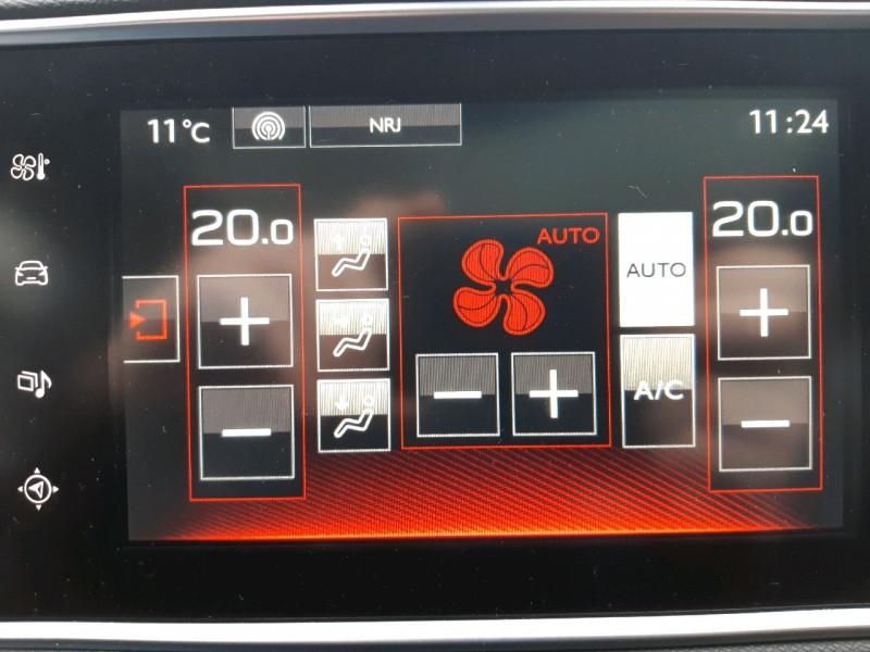 Photo 12 de l'offre de PEUGEOT 308 SW 2.0 BLUEHDI FAP 180CH GT EAT6 à 14990€ chez Carlyss automobiles Vitré