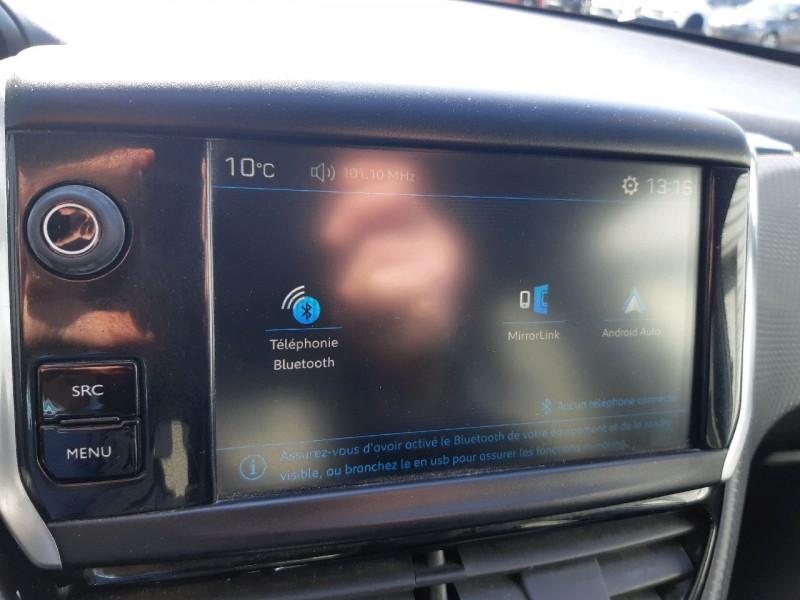 Photo 11 de l'offre de PEUGEOT 208 1.6 BLUEHDI 75CH STYLE 5P à 6890€ chez Carlyss automobiles Vitré