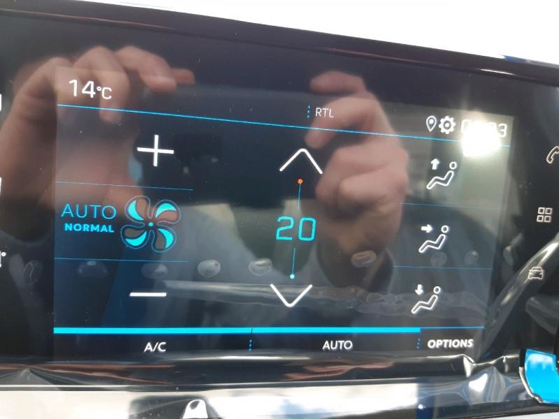 Photo 12 de l'offre de PEUGEOT 2008 1.2 PURETECH 100CH S&S ACTIVE PACK à 20790€ chez Carlyss automobiles Vitré