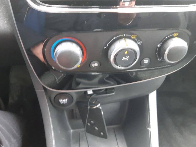 Photo 9 de l'offre de RENAULT CLIO IV ESTATE 1.5 DCI 90CH ENERGY ZEN EURO6C à 11690€ chez Carlyss automobiles Vitré