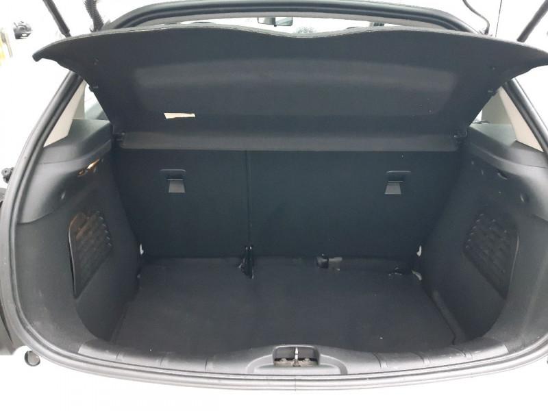 Photo 4 de l'offre de CITROEN C3 1.4 E-HDI70 SELECTION BMP5 à 8790€ chez Carlyss automobiles Vitré