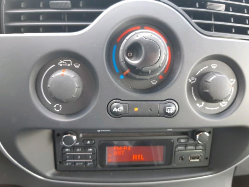 Photo 8 de l'offre de RENAULT KANGOO 1.5 DCI 90CH ZEN à 9290€ chez Carlyss automobiles Vitré