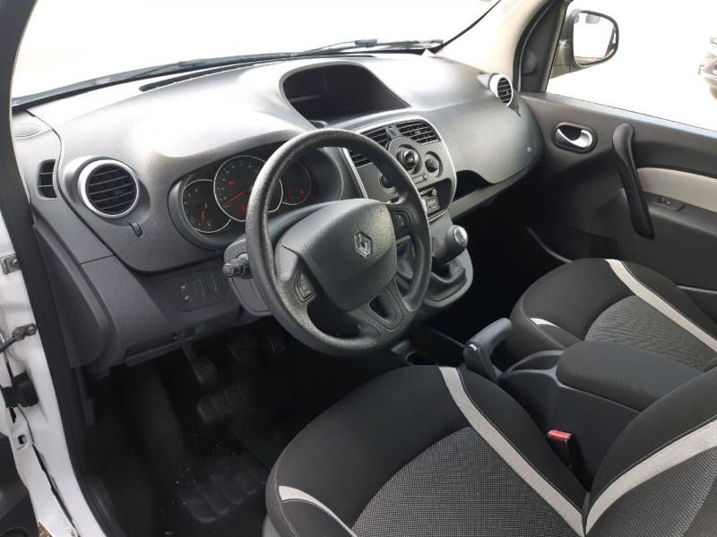 Photo 5 de l'offre de RENAULT KANGOO 1.5 DCI 90CH ZEN à 9290€ chez Carlyss automobiles Vitré