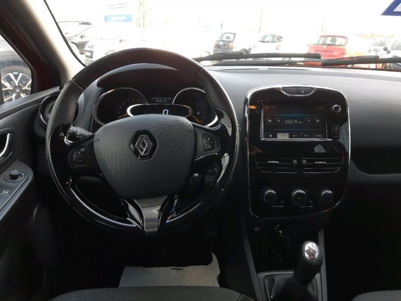 Photo 5 de l'offre de RENAULT CLIO IV 0.9 TCE 90CH ZEN ECO² à 7990€ chez Carlyss automobiles Vitré