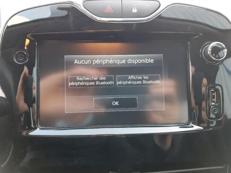 Photo 10 de l'offre de RENAULT CLIO IV 0.9 TCE 90CH ZEN ECO² à 7990€ chez Carlyss automobiles Vitré