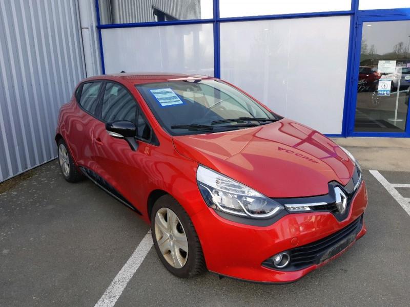 Photo 1 de l'offre de RENAULT CLIO IV 0.9 TCE 90CH ZEN ECO² à 7990€ chez Carlyss automobiles Vitré